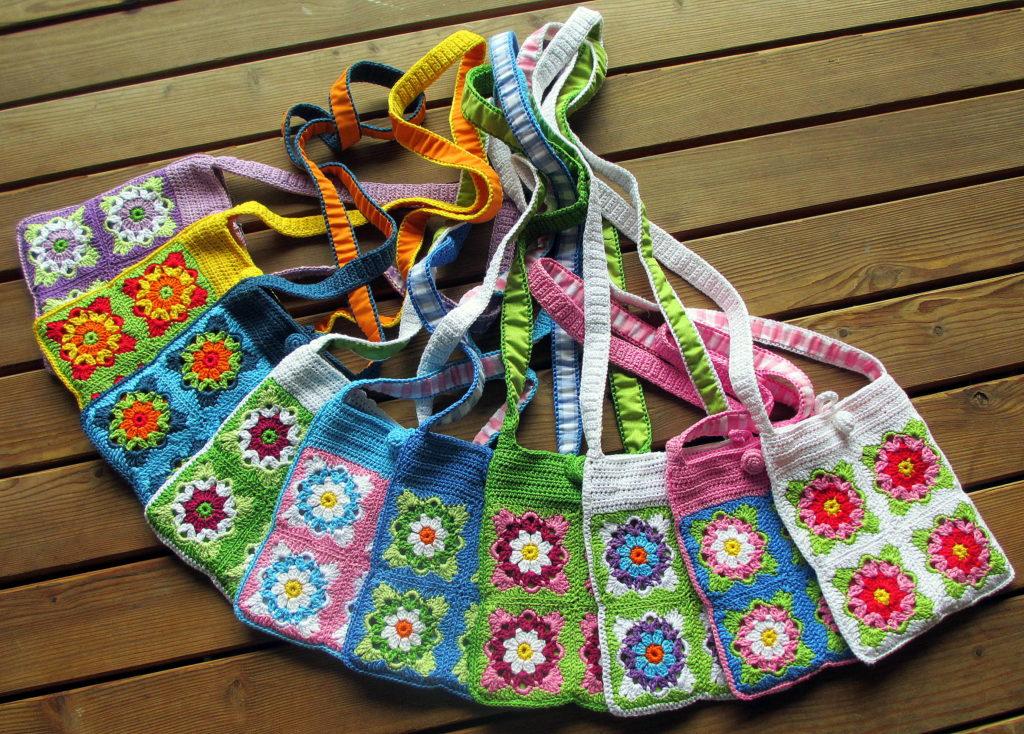 ten colourful purses